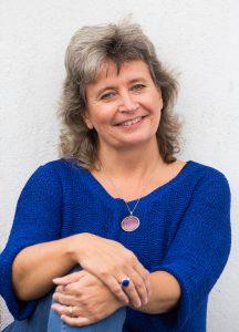 Susanne Jönsson-Soul & Heart Journey School